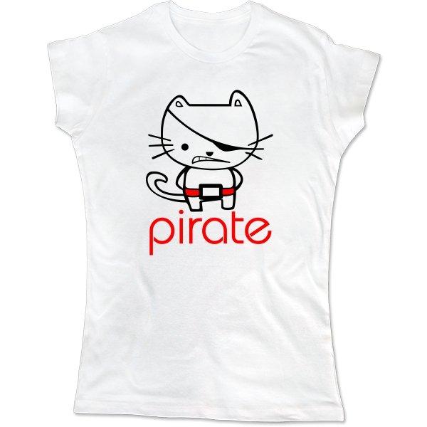 Женская футболка Пират