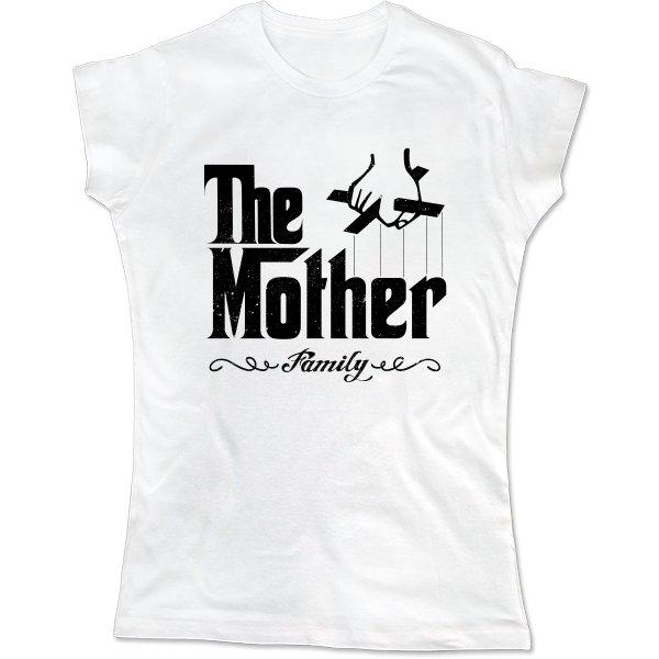 Женская футболка Мама главная в семье
